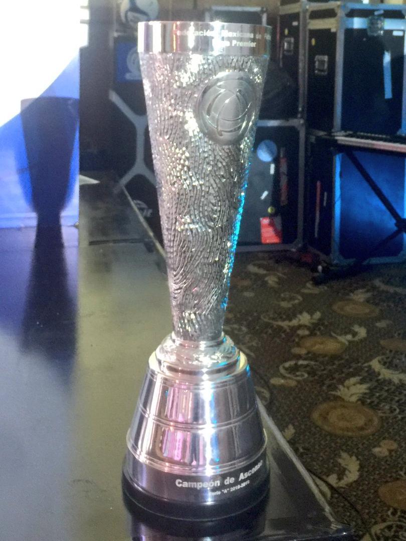 Trofeo Liga Premier Los Pleyers
