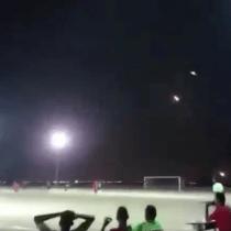 Yemen Misiles Partido De Futbol Video Los Pleyers