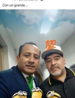 Arbitros Perdonan Expulsión Maradona Cambio Foto