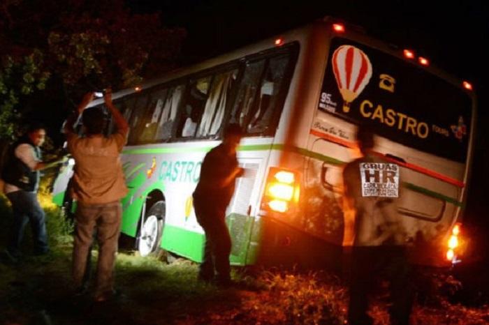 Avispones, Ayotzinapa, Camión, Muertos, Baleados, Futbol