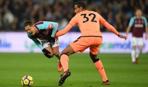 Chicharito Hernández, Enfermedad, West Ham, Premier League