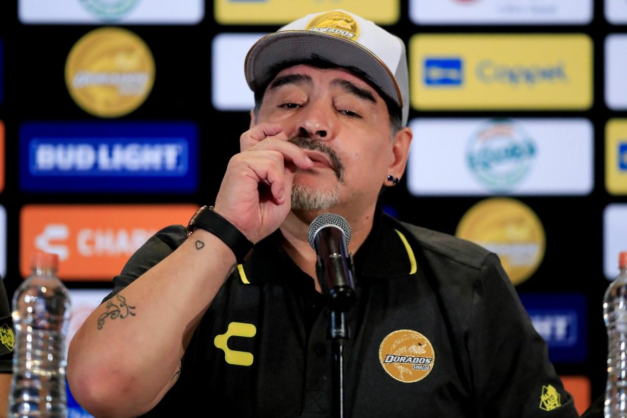 Diego Maradona, Dorados, Borracho, Adicción