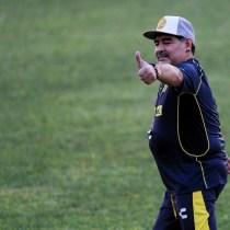 Maradona Reloj Regalo Vinicio Angulo Dorados
