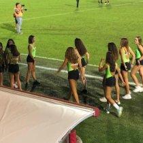 Mujeres Recogepelotas Tercera División Italia Polémica