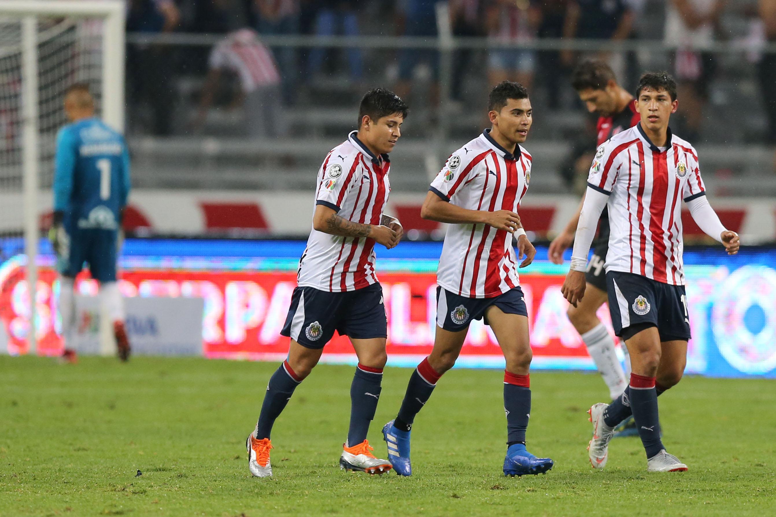 Eintracht Frankfurt, Orbelín Pineda, Chivas, Fichaje