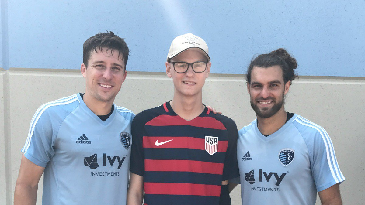 Estados Unidos, Fichan, Joven, Cáncer, Sporting Kansas City, Victory Project