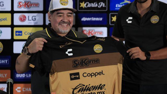 Maradona Presentación Entrenador Dorados Los Pleyers