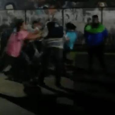 Aficionados Cruz Azul Golpes Revendedores Estadio Azteca Los Pleyers