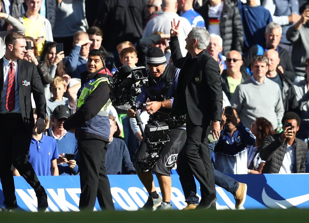 Mourinho, Golpes, Chelsea, Asistente, Memes, Reacciones