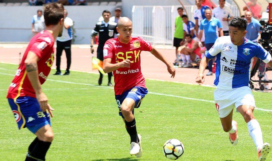 Futbolista Mexicano Benjamín Galdames Chile Debut Los Pleyers