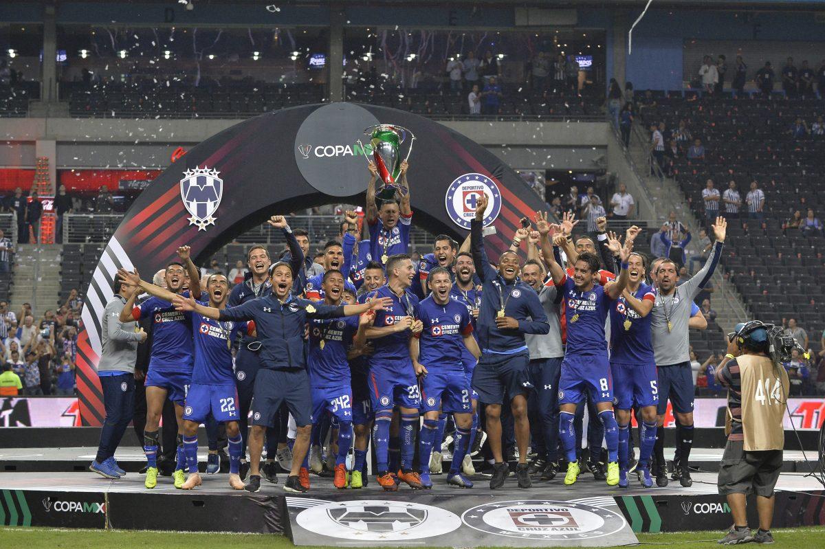 Copa MX, Cruz Azul, Afición, Aeropuerto, Caos, Campeón