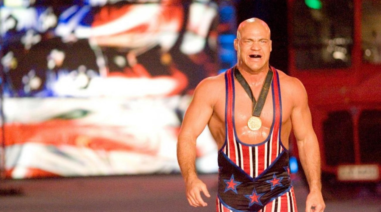 Luchador WWE Busca Venganza El Cuervo