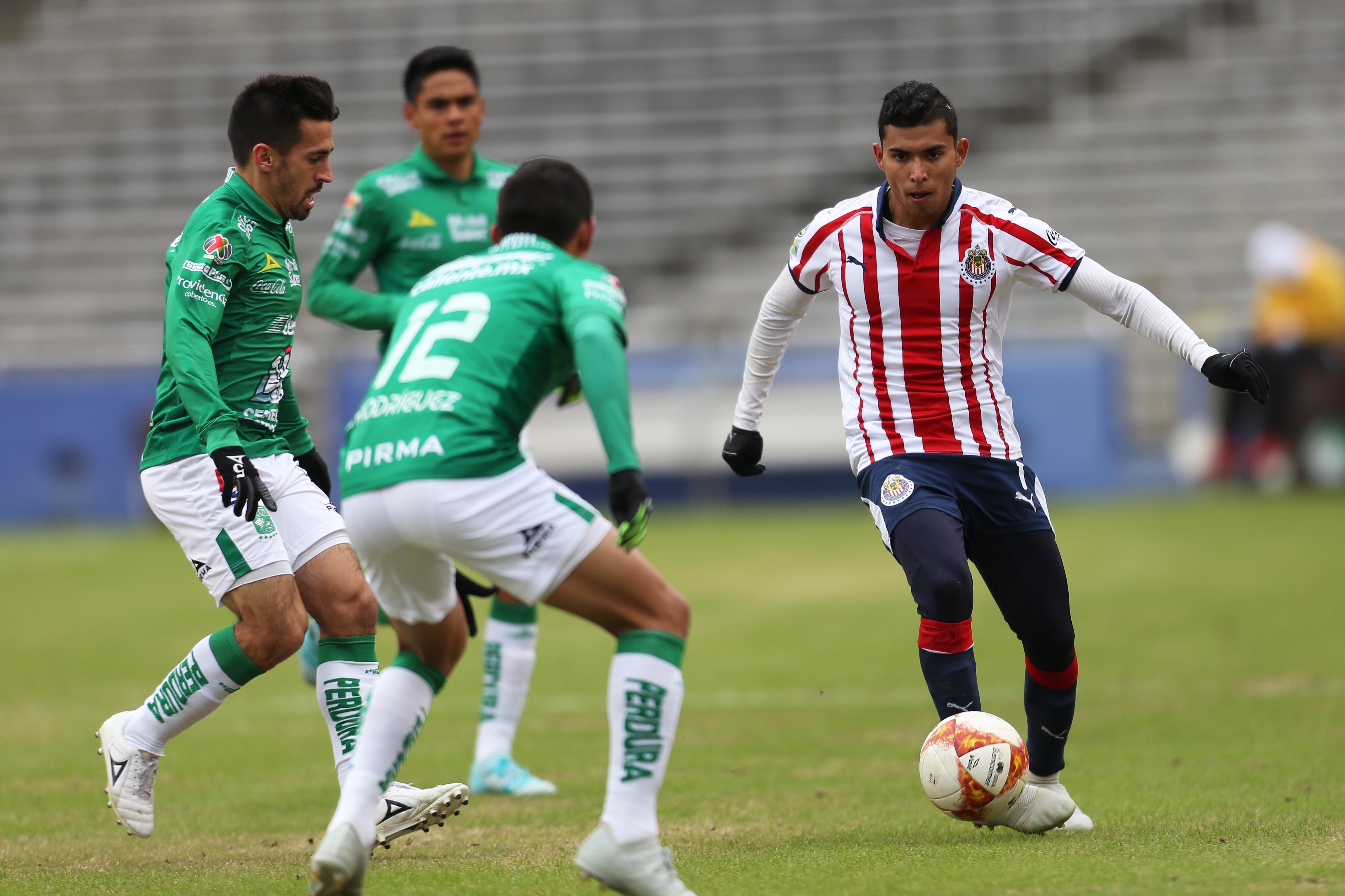 Cruz Azul, Orbelín Pineda, Chivas, Fichaje Los Pleyers