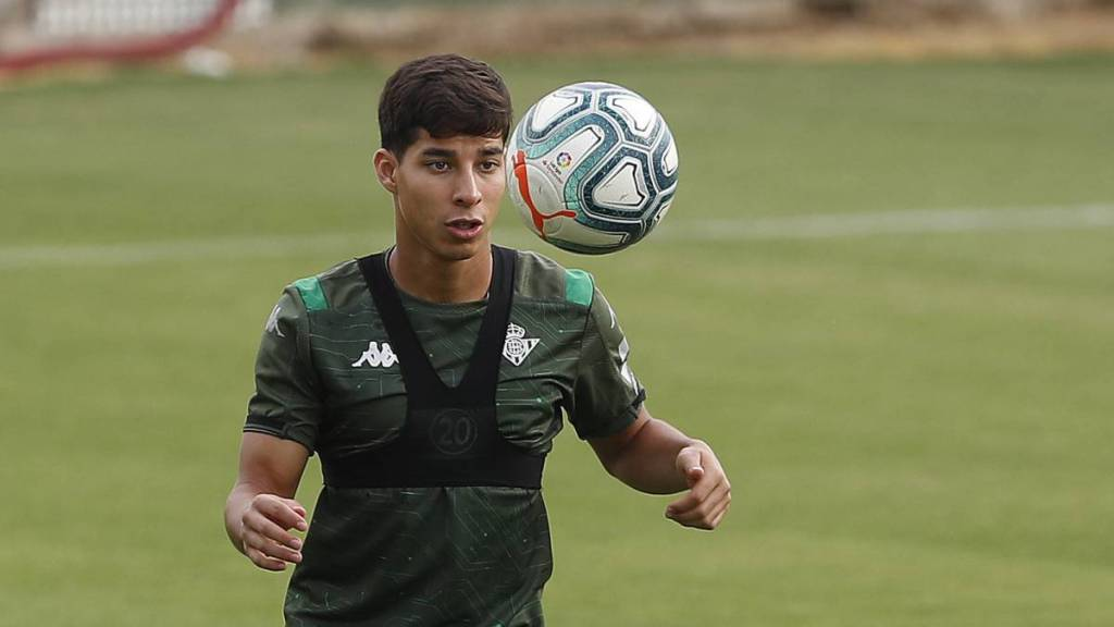 12/09/2019, Diego Lainez, Real Betis, Jugador, Mexicano