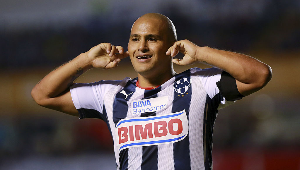 29/08/2014. Humberto Suazo quiere seguir agrandando su leyenda en el futbol y ha conseguido un contrato con el Deportes Santa Cruz, equipo de Chile