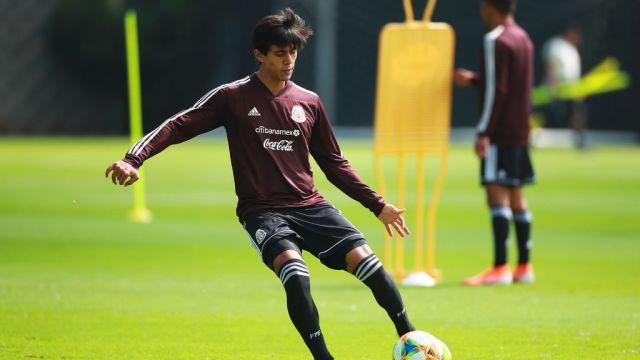 17/09/2019, José Juan Macías, Chivas, Europa, Selección