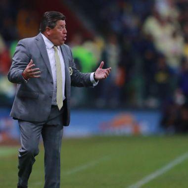 29/12/2019, Miguel Herrera critica arbitraje de la Concachampions en el Comunicaciones vs América