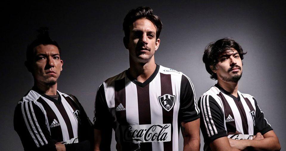 06/12/2016. Club de Cuervos podría dejar ser un equipo de ficción y hay posibilidad de verlo en la Liga MX