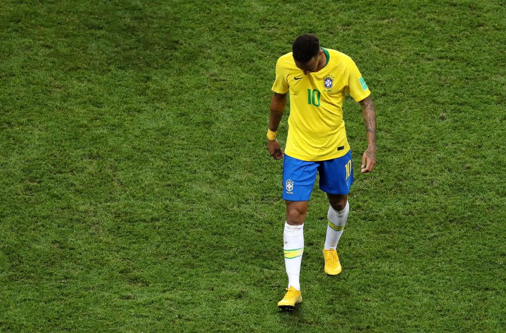 06/07/2018. Futbolistas Carrera Karma Neymer Los Pleyers, Neymar sale cabizbajo de Brasil.
