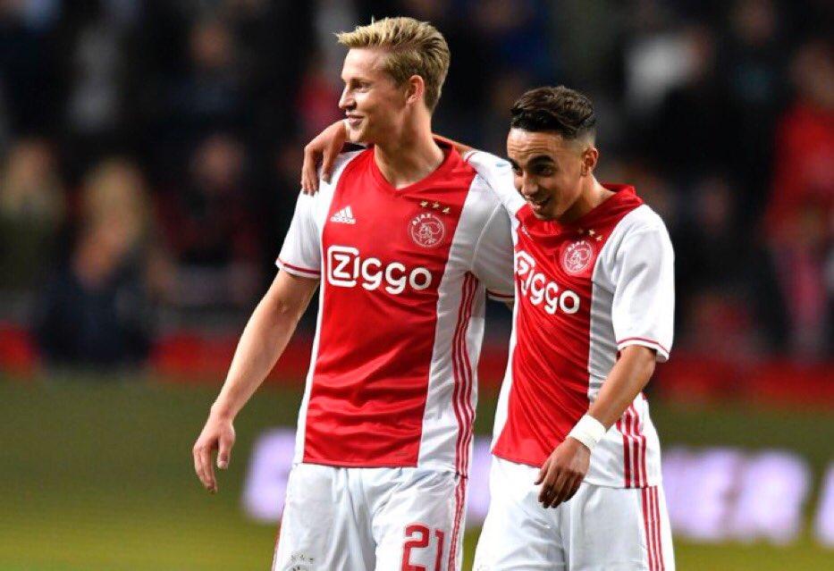 26/03/2020. Abdelhak Nouri Frenkie de Jong Barcelona Ajax Los Pleyers, Frenkie y Nouri en un partido con el Ajax.