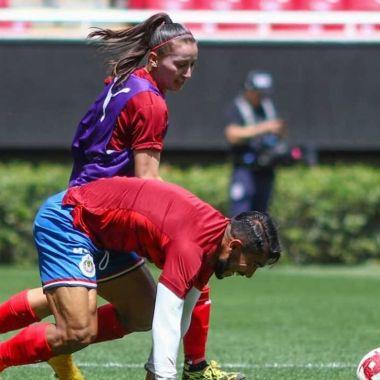 10/03/2020, Futbol Femenil: Rubí Soto humilla a Miguel Ponce de Chivas