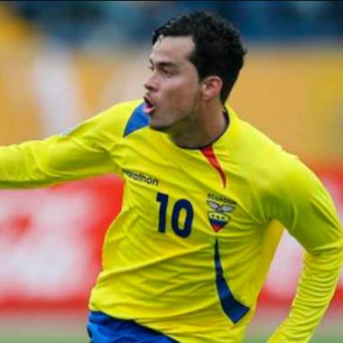 11/03/2020. Iván Kaviedes Puebla Noquea Aficionado Los Pleyers, Iván Kaviedes en un partido con Ecuador.