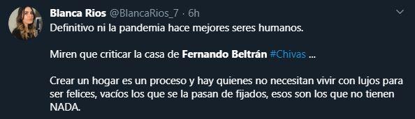 30/04/2020. Tweet Fernando Beltran Casa Los Pleyers, Tweet de una reportera apoyando a Beltrán.