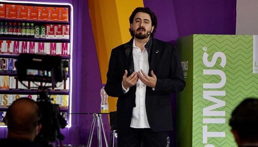 09/05/2020, El presidente de Chivas Amaury Vergara ayudó a Alfonso Cuarón en Harry Potter
