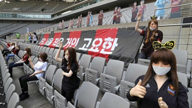 18/05/2020, FC Seoul, Corea del Sur, Muñecas Sexuales, Estadio