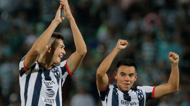 01/12/2019. Pável Pardo Bundesliga Mexicanos Fichajes Los Pleyers, Charly Rodríguez y César Montes festejan un triunfo.