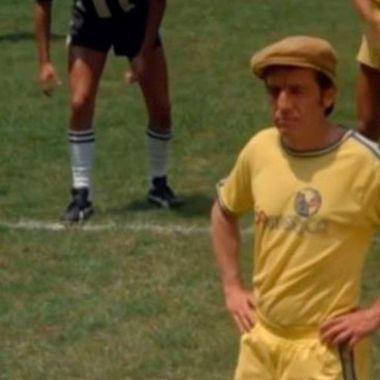 De chilena y hasta tijera, así los goles de Chespirito con América
