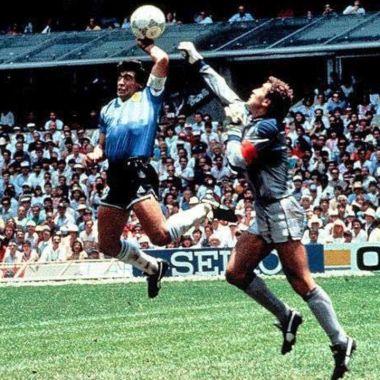 Maradona confiesa todo de la Mano de Dios en México 86 22/06/2020