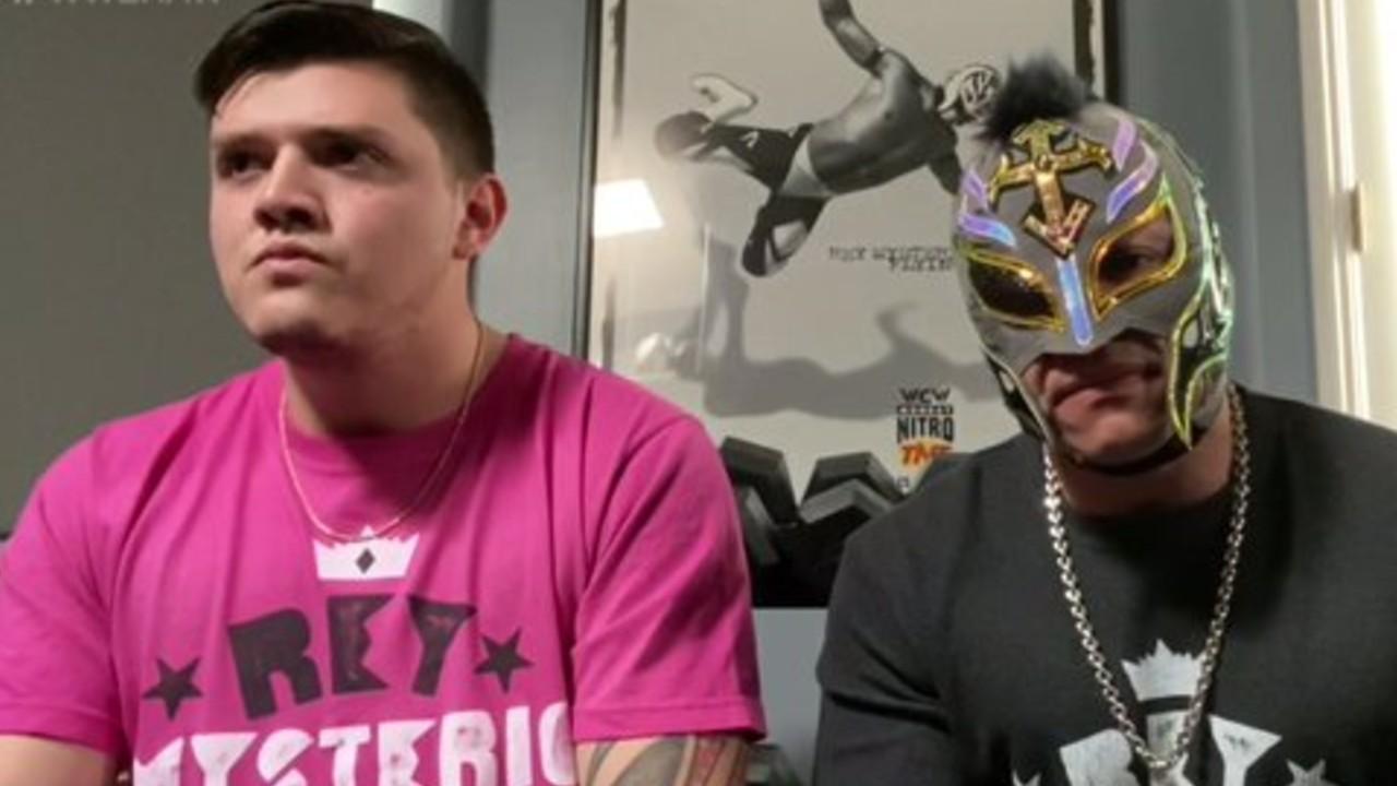 Rey Mysterio pospone su retiro y su hijo amenaza a Seth Rollins 01/06/2020