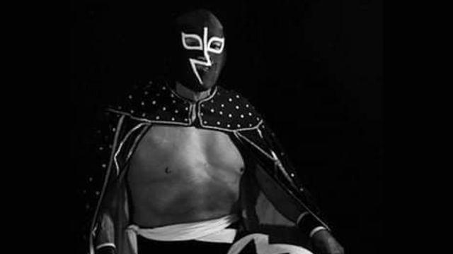 La lucha libre está de luto tras la muerte de Rogelio de la Paz mejor conocido como Sombra Vengadora 13/06/2020