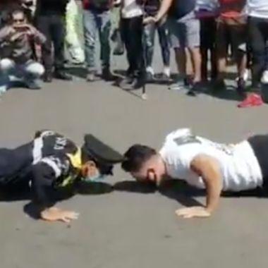 Policía deja en ridículo a instructor de gimnasio en el Zócalo [Video] 03/07/2020