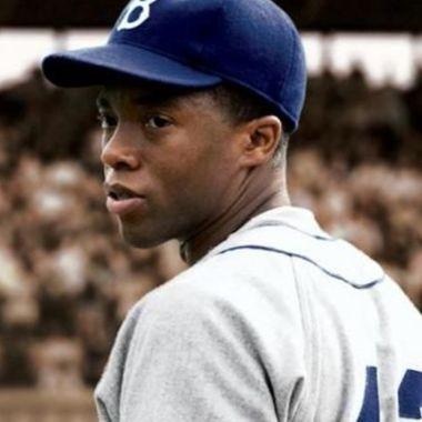 Chadwick Boseman, intérprete de Jackie Robinson muere día que MLB lo conmemora