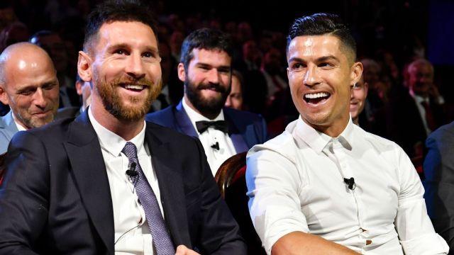 Cristiano Ronaldo fue ofrecido al Barcelona y podría jugar con Messi
