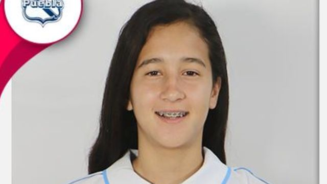 Harumi Cornejo con 14 años en Liga MX Femenil como portera del Puebla