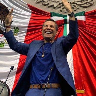Julio César Chávez confiesa ser amigo de narcotraficantes