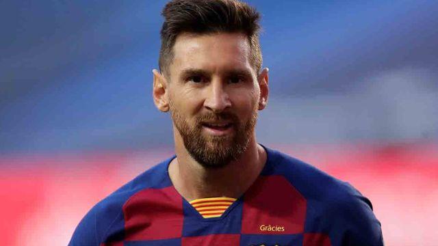 OFICIAL: Lionel Messi se queda por un año más en el Barcelona