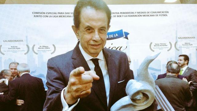 Muere Dr. Alfonso Morales legendario narrador de box y lucha libre