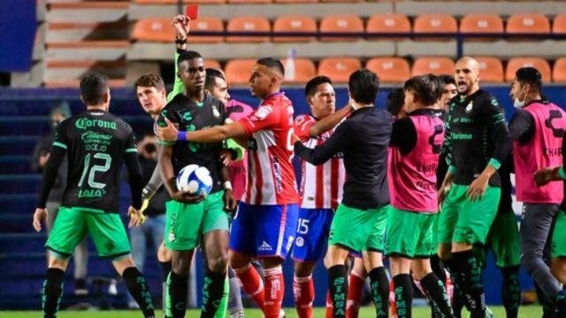 Insultos raciales en el Atlético San Luis vs. Santos