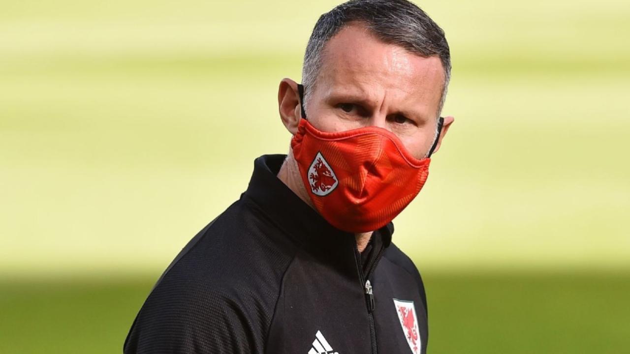 Ryan Giggs técnico Gales