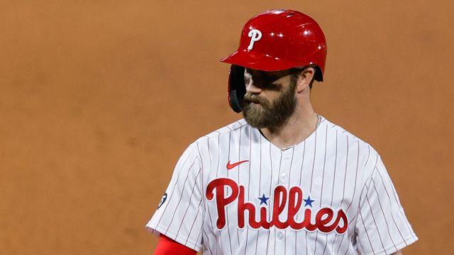 Bryce Harper golpe rostro Phillies Cardinals