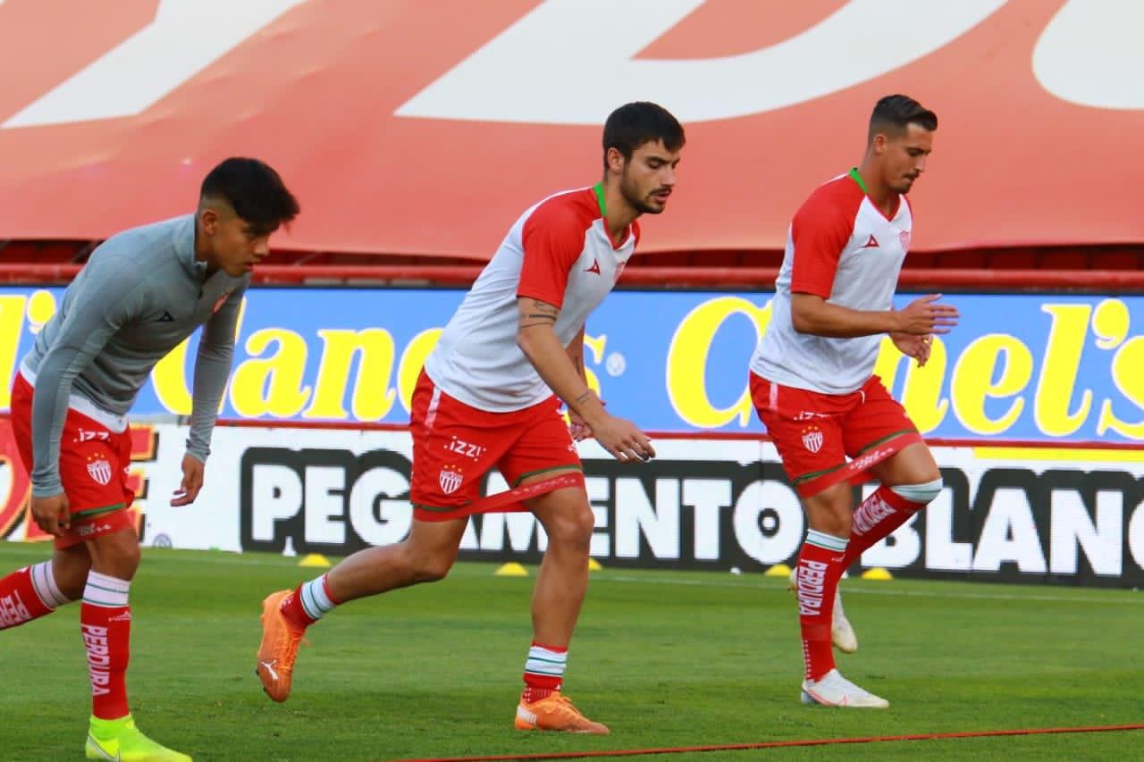 Necaxa Ozil Longoria venta mitad club
