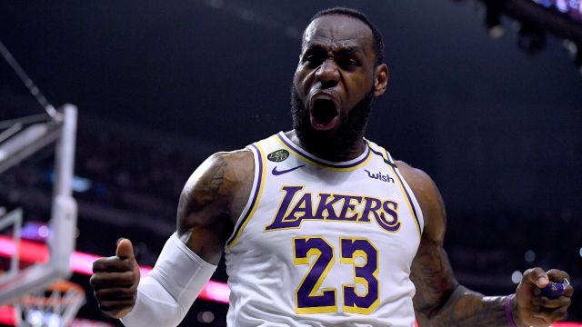 Tarjeta novato LeBron James récord subasta venta