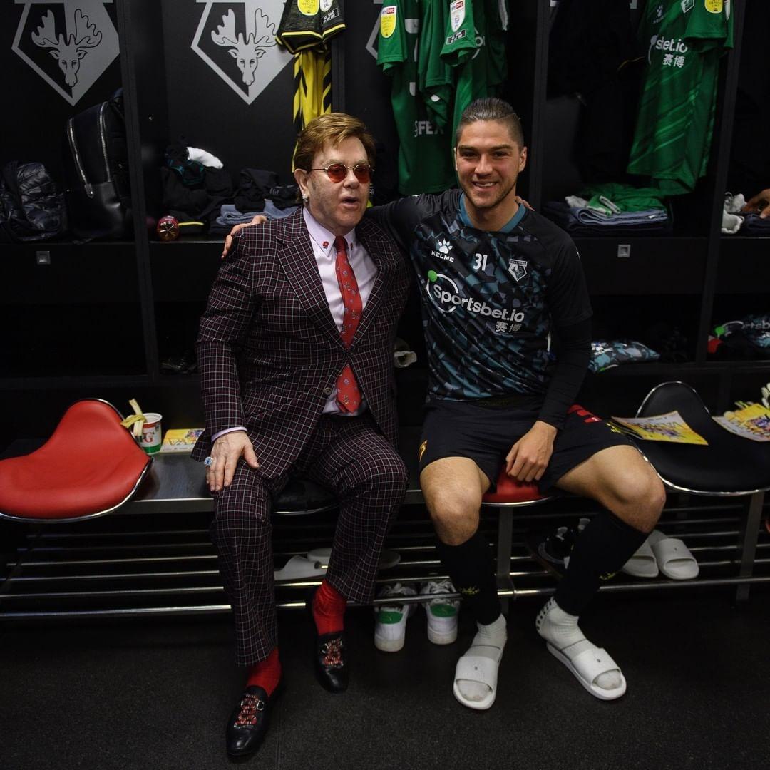 Elton John premio jugadores Watford Premier League