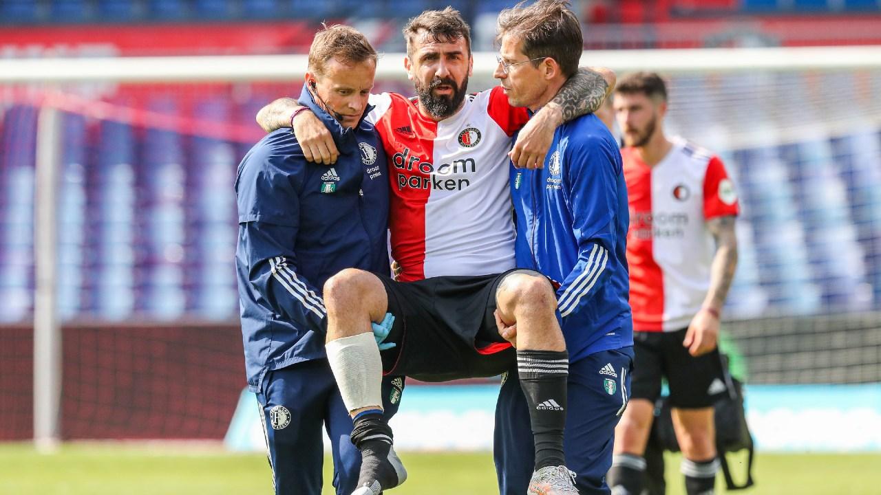 lucas pratto Feyenoord y Ajax clásico lesión
