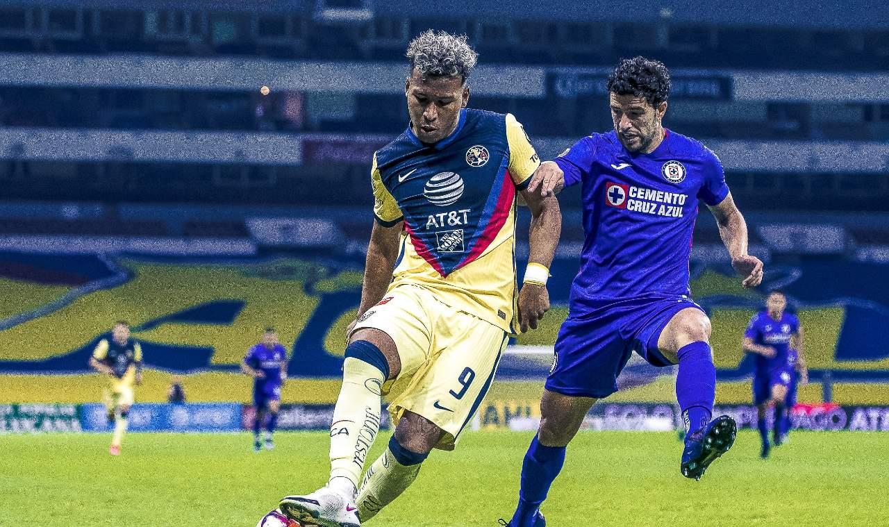 Mikel Arriola final Liga BBVA MX con público