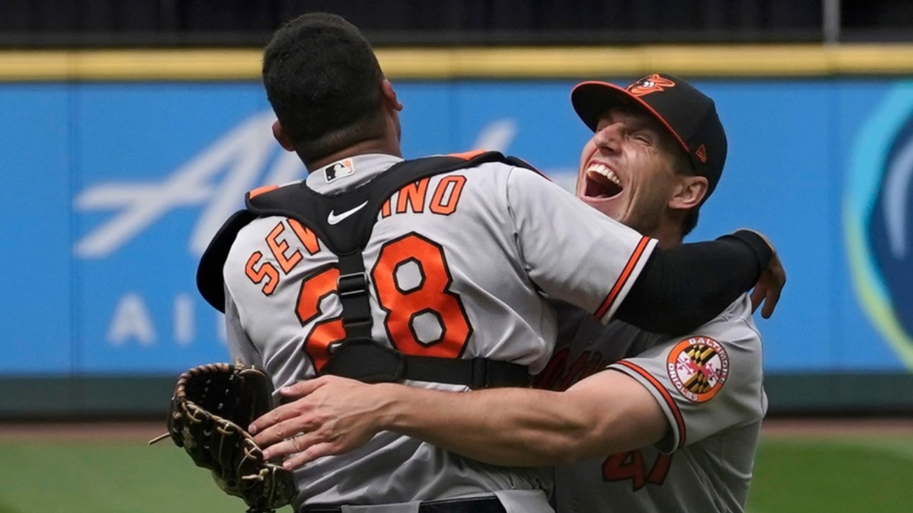 John Means Orioles logro hit ni carrera